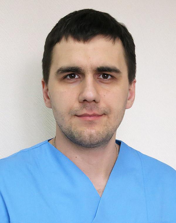 Массажист реабилитолог Максим Поддуев Киев